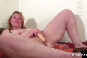aged playgirl vibing her pink cum-hole
