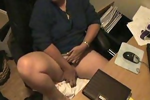 spy livecam caught my mamma masturbating at