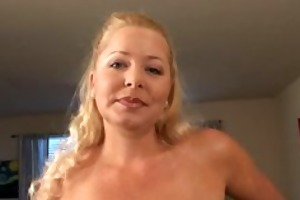 sexy mama jacy andrews experiments with