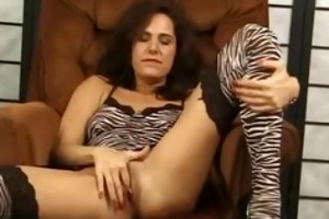 impure aged whore vs miniature weenie