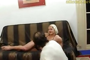 beefy wife dominate her spouse