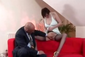 aged lady with nylons acquires her snatch licked