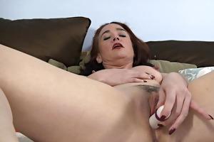 fascinating matures 07 (masturbation)