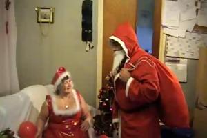 santa claus receives present