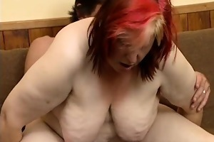 bulky mature slut acquires her cunt pounded part6
