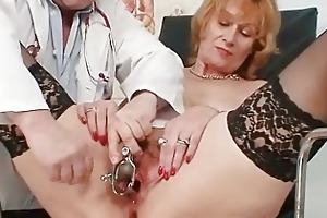 redhead granny indecent cunt stretching in gyn