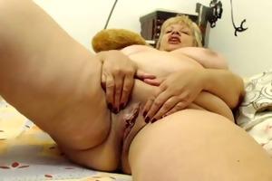 breasty granny on livecam