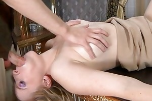 smashing d like to fuck babe getting hooked