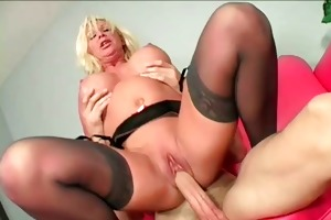 sinful mommy receives wet crack hammered