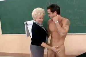 hawt granny cougar teacher banging in class