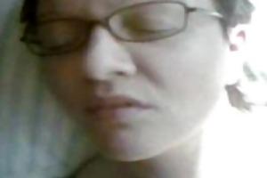 lascivious dilettante wife receives facialized