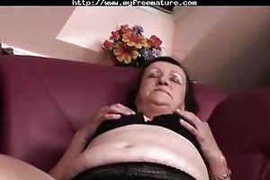 fat granny plays and fingers