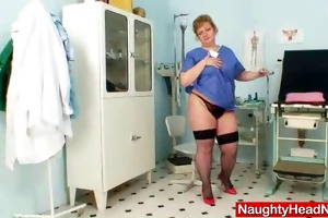 bulky amateur-mom vilma eager aperture opening