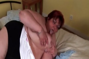 older big beautiful woman masturbating her