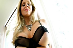 livegonzo julia ann mama t live without anal