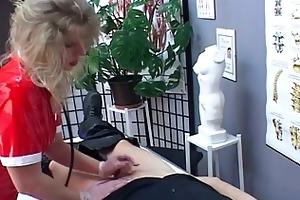 blond mother i nurse receives lascivious upon