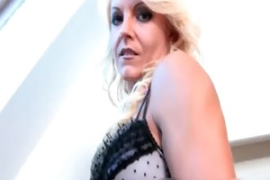 blond d like to fuck doxy acquires a large penis