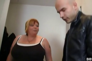 giant big beautiful woman gives head and receives