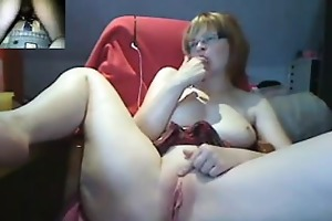 nerdy cutie playing with her bawdy cleft
