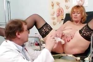 redhead gran vagina gaping at gyno clinic