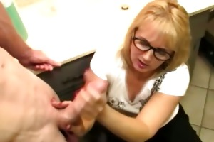 mature bitch is waxing the pole