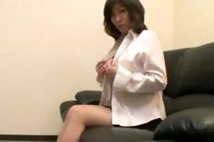aged japanese maiko seduces guy