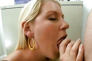 hawt sexy d like to fuck ashley edmonds feeds her