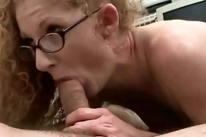 redhead mamma with shaggy red cunt!!!