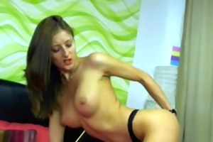 brunette hair hotty playing with her body4.flv