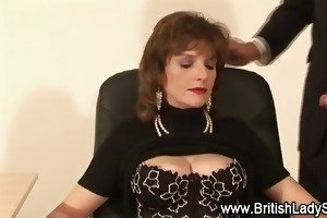 classy lady sonia receives a ejaculation