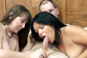 swinging brooke in a three-some with a latina slut