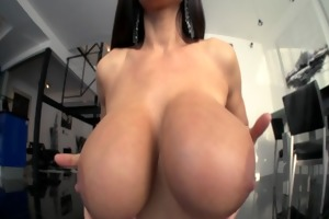livegonzo lisa ann breasty aged wench receives