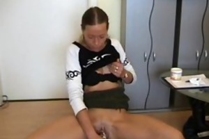 amateur d like to fuck toys her pussy, sucks and