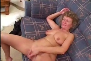 older non-professional wife home fucking with