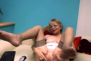 lovely wench on web camera