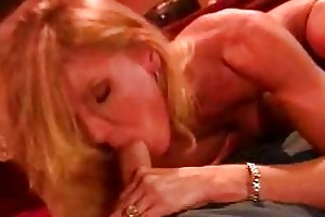 lewd mother i amber michaels blows and receives