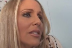 sexy cougar julia ann takes a huge dark knob