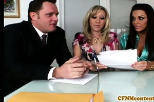 cfnm chick alana evans receive little facial
