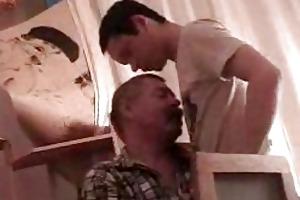 attractive twink acquires his boner sucked by