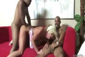 d like to fuck mamma rides dark monster dick 29