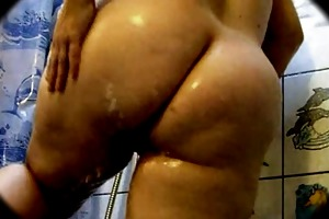 large arse obese grandma in the shower - 14