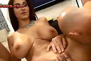 large titty mother i ava adams vs weenies
