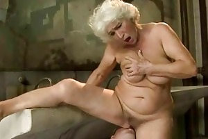 breasty granny receives screwed in public
