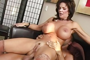nasty dark brown breasty d like to fuck getting