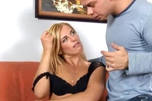 anilos janet lengthy sucks a hard dick and rides