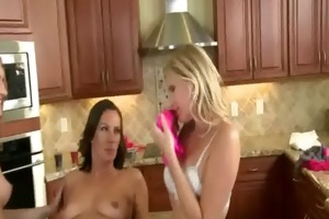 lesbo mother i t live without this taut snatch 23