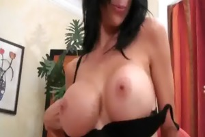 lesbo milf can this constricted fur pie 9