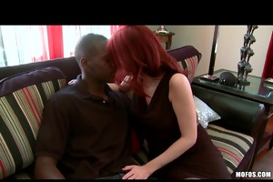 red head mother i with natural mounds needs to