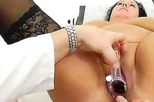 adult toy in cum-hole during a wife gyno