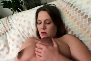 slutty pregnant mama fingering